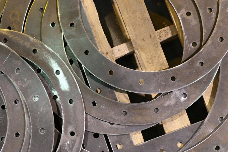 Metal rings laser cut from thin gauge steel
